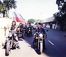 Байк-шоу, 1997. Сбор колонны :: 001